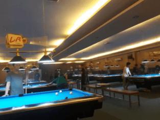 Membuka peluang kerja di bagian KASIR dan SERVER di bLiss pool