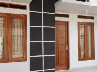 Miliki Rumah Siap Huni Hanya 100 Meter Jalan Raya: KPR Capat