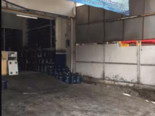Tenaga antar (Delivery Man) air galon daerah Seturan Yogyakarta