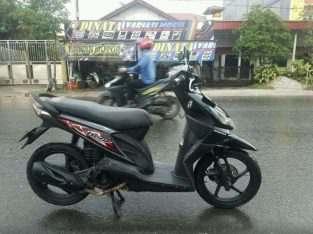 Honda Beat 2012 Hitam Lengkap Mesin Oke bersih