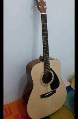 Gitar yamaha F310 string