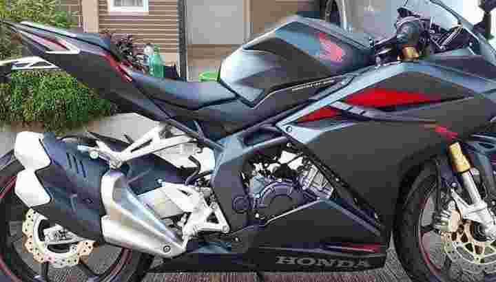 HONDA CBR T2017