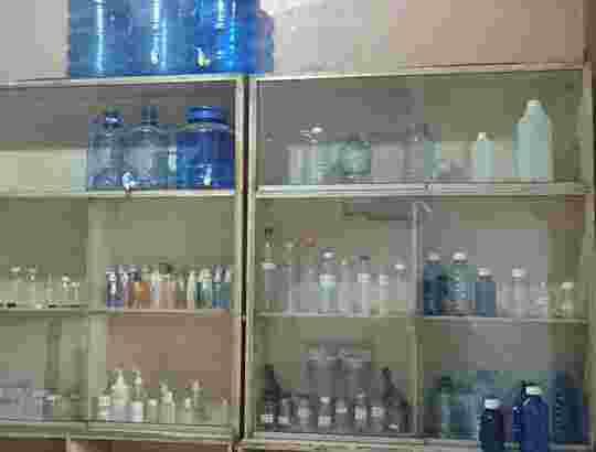 jual online Bermacam macam botol plastik, toples, botol parfum, dll.