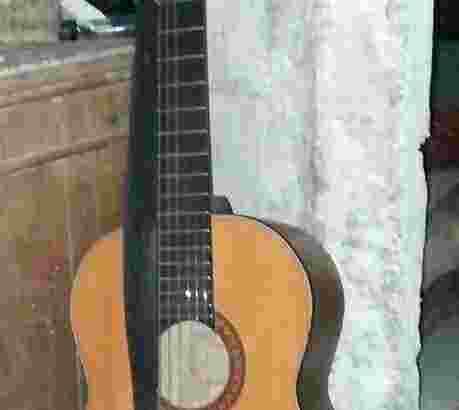 jual gitar yamaha g-528 sudah tanam besi