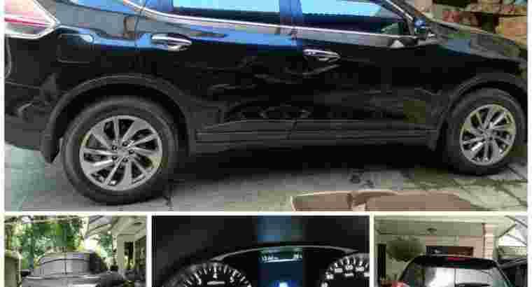Nissan New Xtrail, warna hitam masih mulus, tahun 2015, milik pribadi, low kilometer, di dps