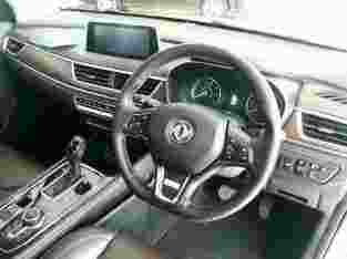 Mobil SUV Glory 560 1.5T CVT Luxury