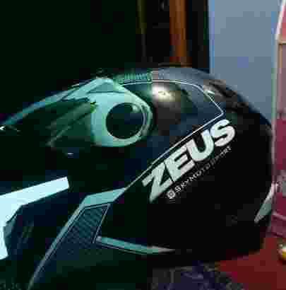Helm Zeus