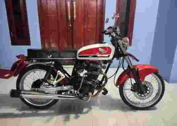 HRD PUNYA motor custom GL Max II tahun 2003
