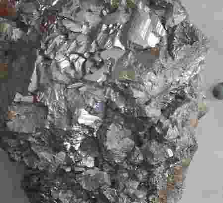 Batu Californium 252