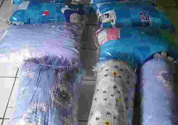 Distributor Bantal Dan Guling Full Busa