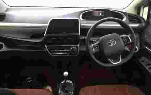 Jual mobil Toyota Sienta G 2016