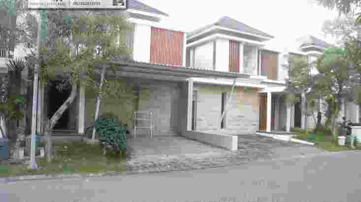 Citraland GreenHill Surabaya -4Bedroom Family Home