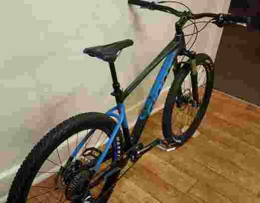 Sepeda Gunung GIANT Fathom M 27.5 Speed 1 x 12
