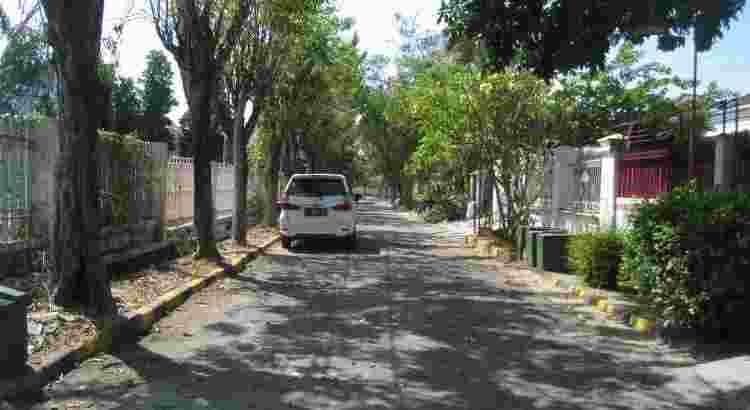 Darmo Permai Utara, Surabaya – Stunning Home