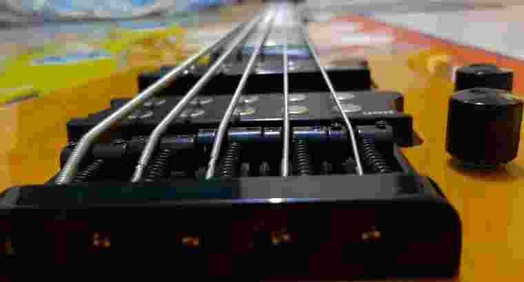 Gitar Bass Ibanez 5 String