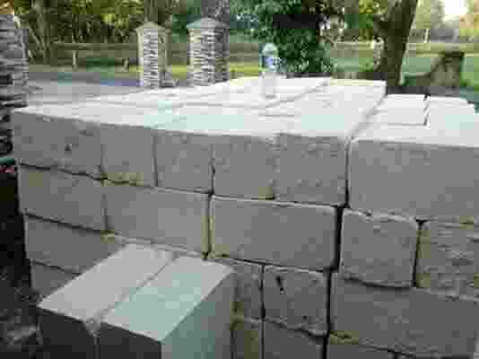 batu kumbung