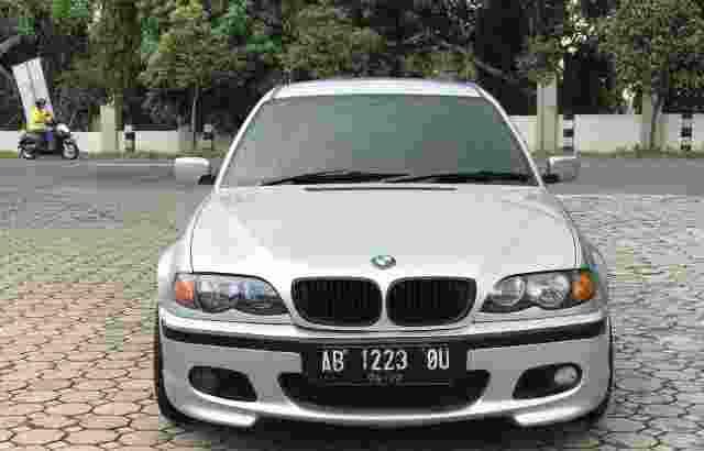 BMW 318i E46 Facelift 2003