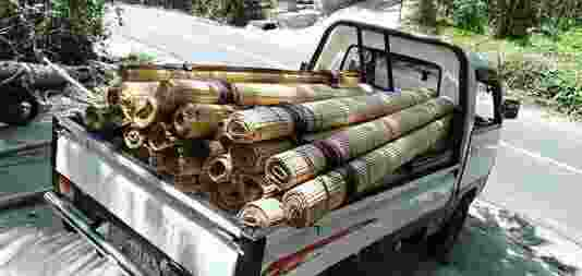 Tirai Bambu Plindung Panas Dan Hujan