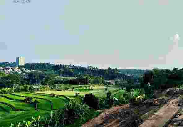 Perumahan di Semarang ( View Pegunungan dan Sawah )