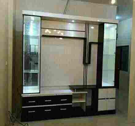 lemari Liswar tv