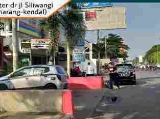 Ruko Kalibanteng, Semarang