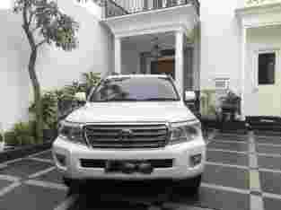 Land Cruiser V8 UK Diesel 2012