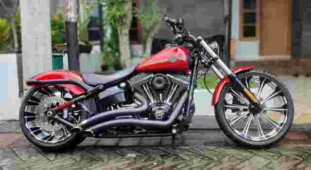Harley Davidson Softail Breakout 2013