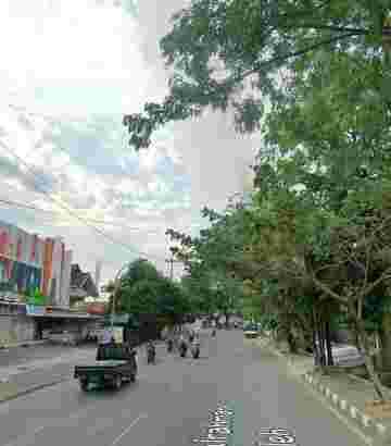 Dijual Rumah Pinggir Jln Raya