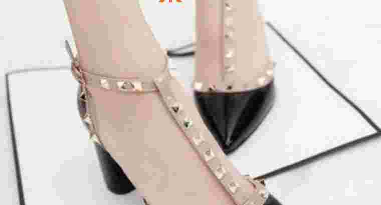 High heels wanita studs Manolo..bisa cod