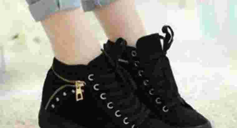 sepatu wanita boots resleting.. bayar ditempat