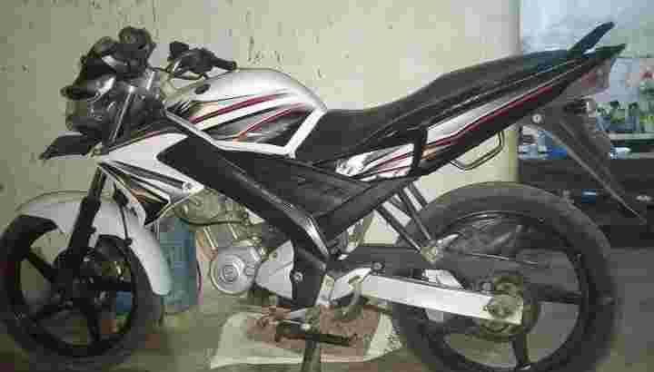 jual cepat motor yamaha vixion 2011
