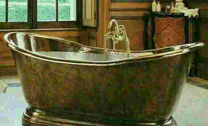 bathtub -Bak Mandi .Logam Kuningan dan tembaga Nikel. Size 160×76×80 Cm .tebal 12 mm.
