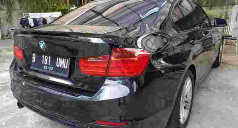 BMW 320i Sport 2013