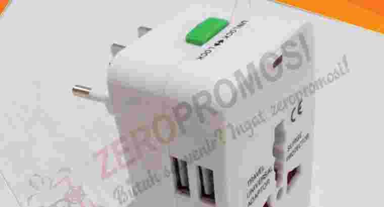 Dual Port USB Universal Travel Adaptor UAR07
